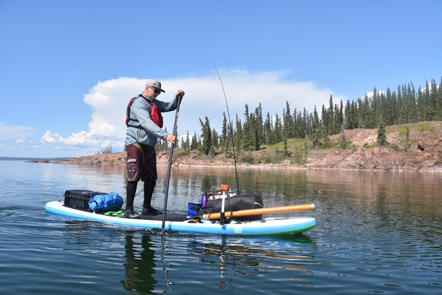 Randy Straker with the SUP fishing set up.